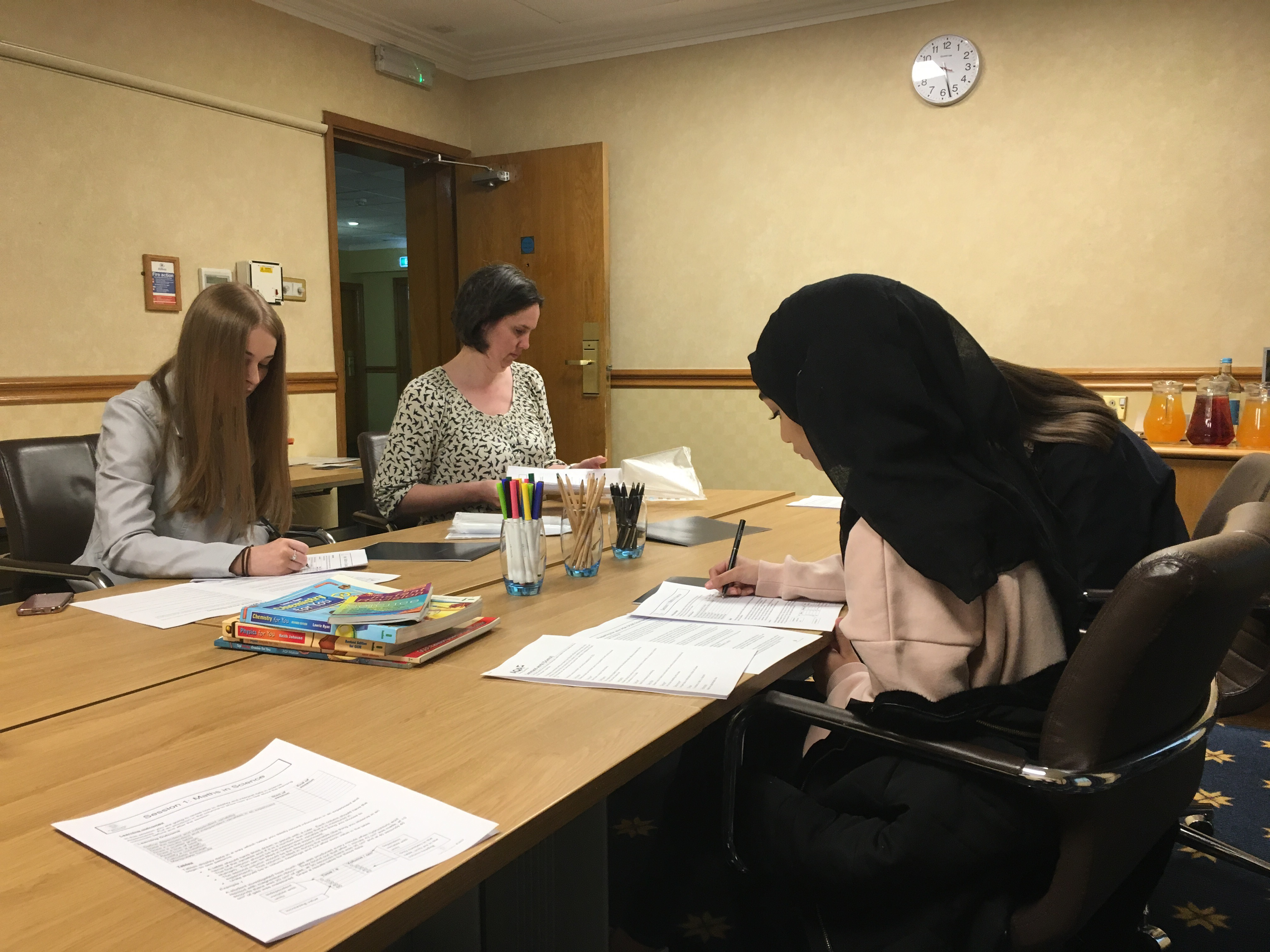 Fasttrack science courses fasttrack science the intensive gcse revision course contains a variety of interactive techniques with a clear exam focus are used to revise the key ideas and skills to put publicscrutiny Images